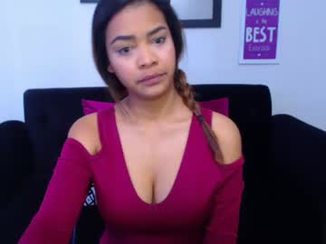 23-01-19 | valentinemilleros public webcam from Chaturbate.com