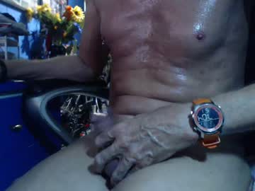 [12-12-19] smoothwiredguy webcam show from Chaturbate