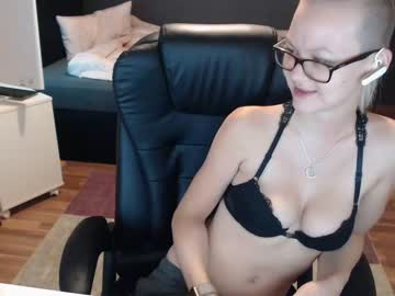 [22-12-19] tatjanadeluxe show with cum from Chaturbate.com